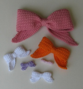 Crocheted Bows - pattern by Ambassador Crochet