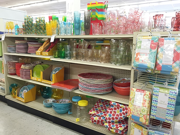 Big Lots in store photo