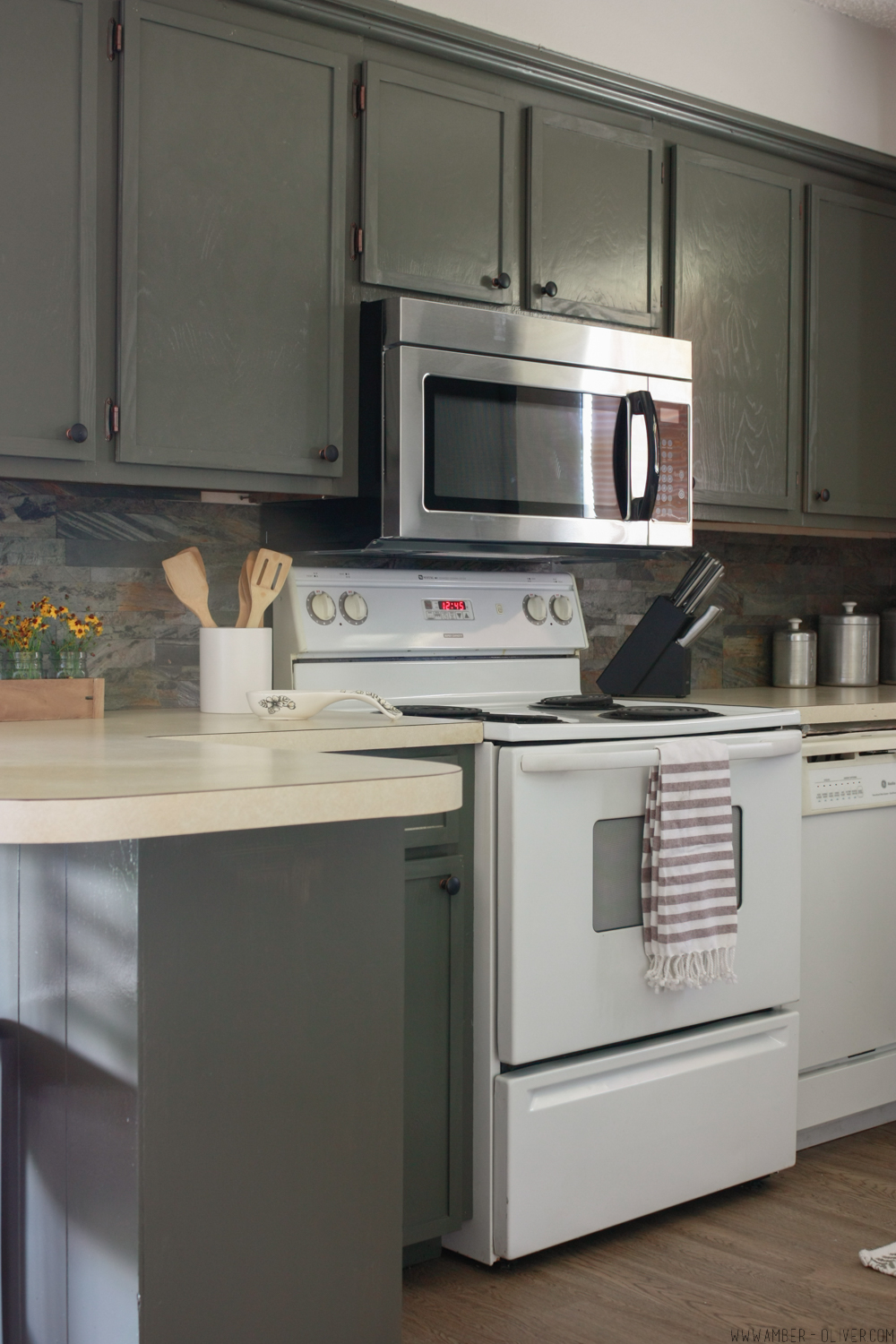 Lovely How To Update Old Kitchen Cabinets   Kitchen Remodel On A Budget! Design Inspirations
