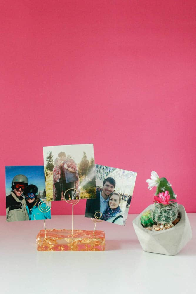 How to make a DIY Photo Holder!