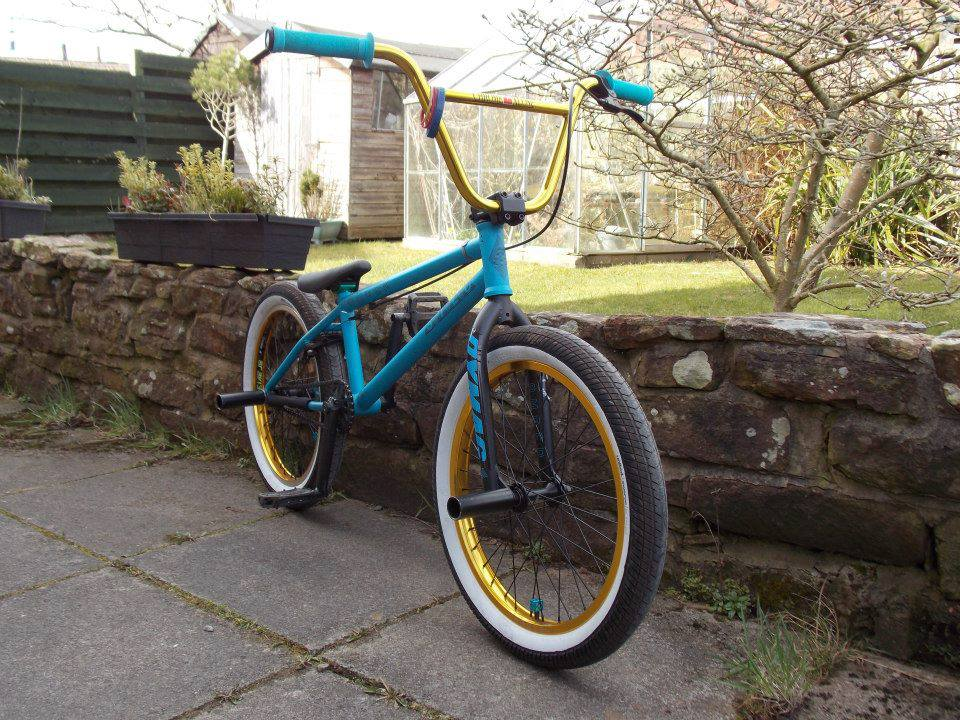 sam nichol custom amber silo bmx bike