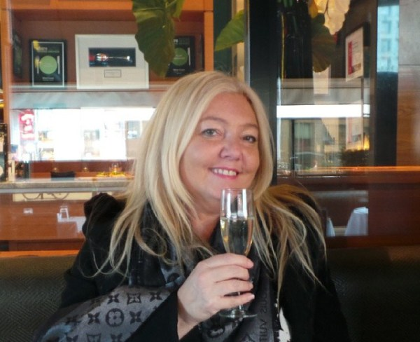Amberlair Crowdsourced Crowdfunded Boutique Hotel - Meet luxury travel blogger Deborah Thompson of New Jetsetters #boholover