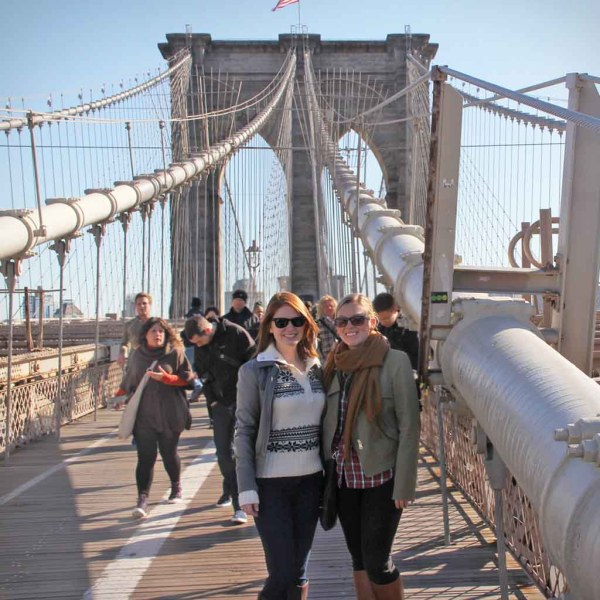 Amberlair Crowdsourced Crowdfunded Boutique Hotel - The Lazy Travelers at the Brooklyn Bridge in New York - #BoHoLover: Meet Ashley & Carolyn of The @LazyTravelers
