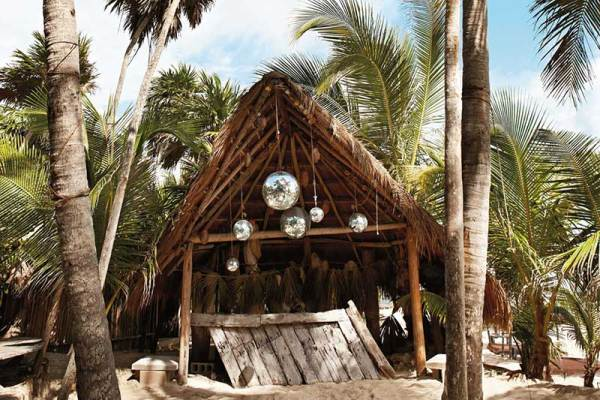 Amberlair Crowdsourced Crowdfunded Boutique Hotel - Papaya Playa Project Lounge gypsetters