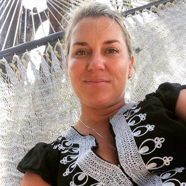 Amberlair Crowdsourced Crowdfunded Boutique #BoHoLover: Meet Lauren DiMarco of Lola's Travels @LolaDiMarco