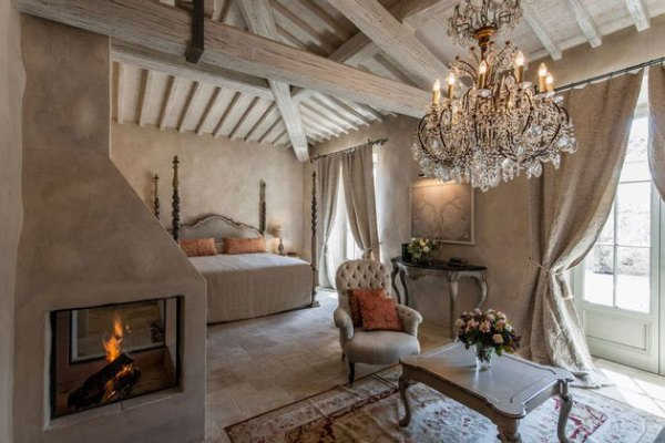 Amberlair Crowdsourced Crowdfunded Boutique Hotel Borgo Santo Pietro #BoHoLover: Meet Diana Isac of Winerist @thewinerist