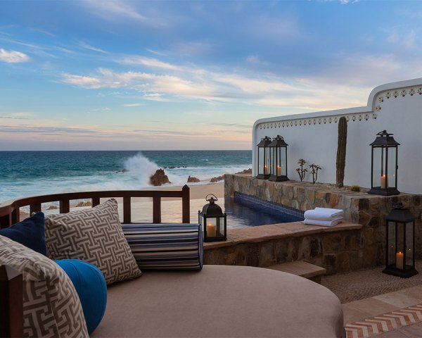 Amberlair Crowdsourced Crowdfunded Boutique Hotel One And Only Palmilla Terrace #BoHoLover: Meet Nicole Smith of flytographer @flytographer