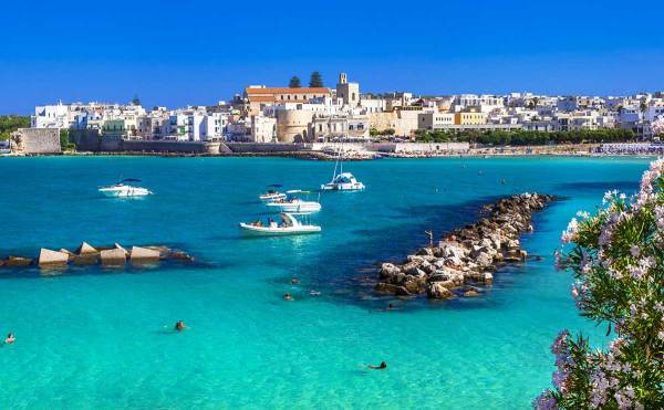 Amberlair Crowdsourced Crowdfunded Boutique Hotel - Best of Puglia