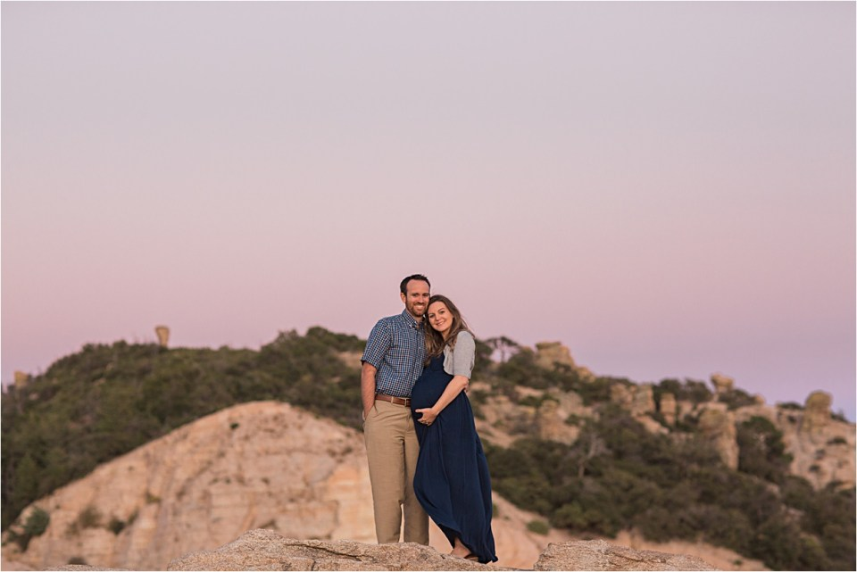 maternity_mount-lemmon_pregnant-mother_blue-dress_super-moon_sunset_06