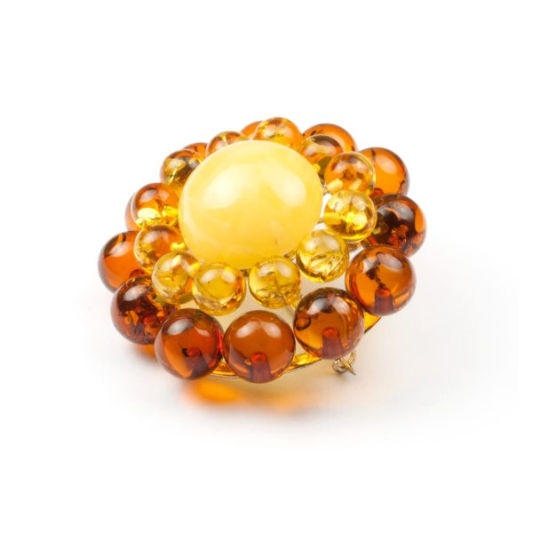 amber-brooch-with-silver-flower-II