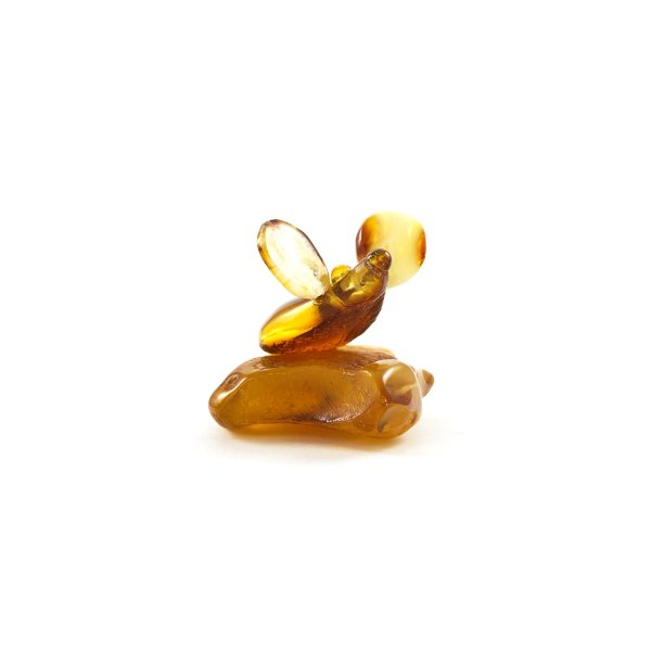 natural-baltic-amber-figurine-gift-little-mouse-1