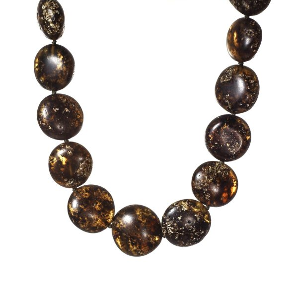 natural-baltic-amber-necklace-enigma-close