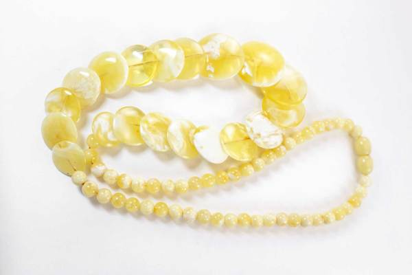 natural-baltic-amber-necklace-yelow-disc-1