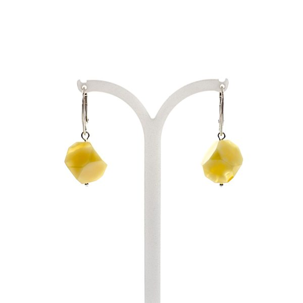 silver-earrings-with-natural-baltic-amber-dices-2