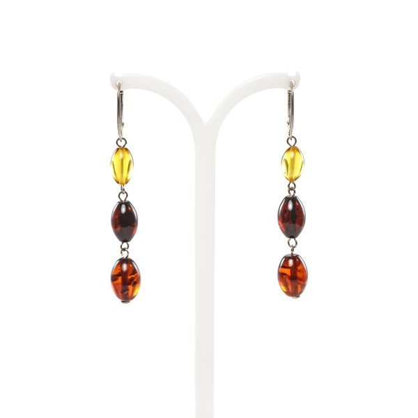 silver-earrings-with-natural-baltic-amber-dream-close