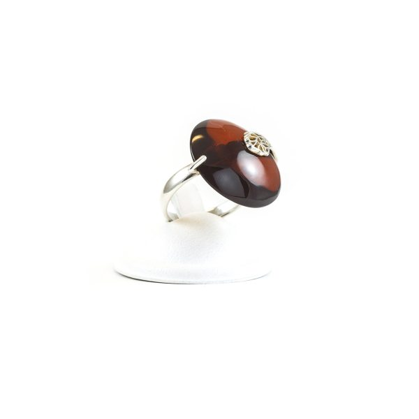 silver-ring-with-cherry-amber-piece-sun-2