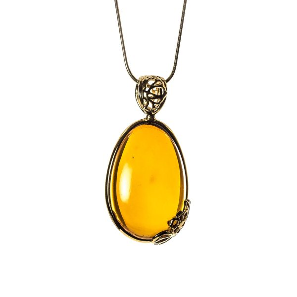 amber-pendant-with-gold-plated-silver-sweetness-II
