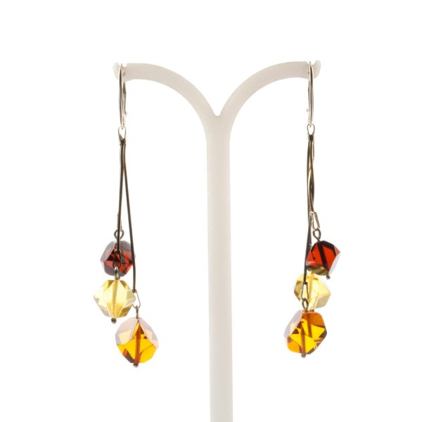 natural-baltic-amber-earrings-with-silver-clasp-macao-3