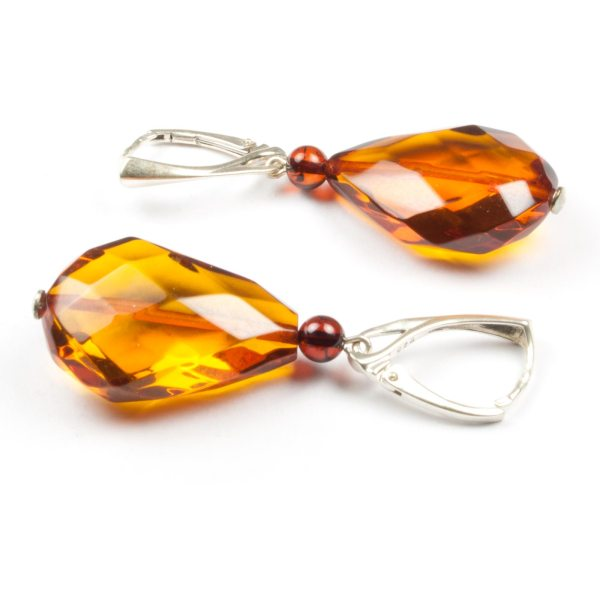 natural-baltic-amber-earrings-with-silver-clasp-veiling-2