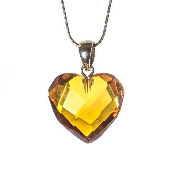 natural-baltic-amber-pendant-on-silver-holder-treasure-II