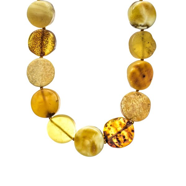 natural-unpolished-baltic-amber-necklace-favor-closeview