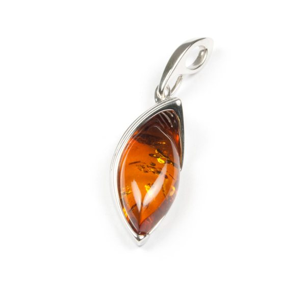 silver-pendant-with-natural-baltic-amber-jacqueline-cognac