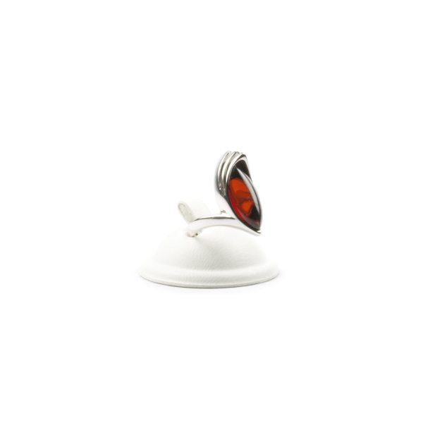 silver-ring-with-natural-baltic-amber-jacqueline-cherry-2