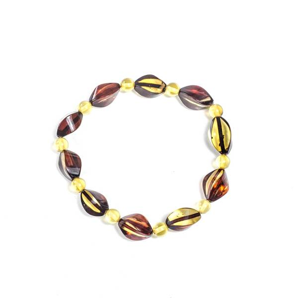 faceted-bracelet-from-natural-baltic-amber-sympatico-top-view