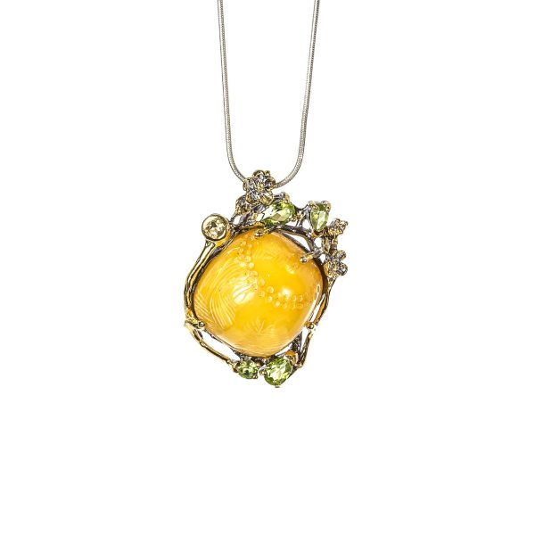 silver-pendant-with-natural-baltic-amber-maestro-front