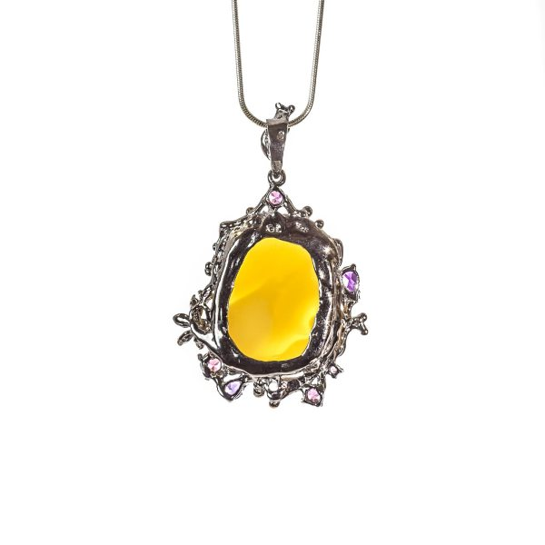 silver-pendant-with-natural-baltic-amber-tender-back