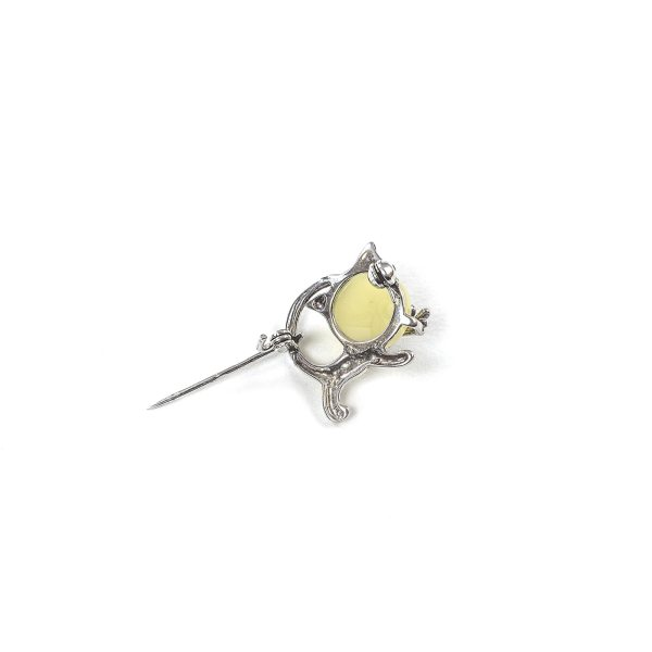 Silver Brooch With Yellow Amber bottom