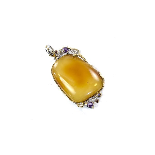 Exclusive Pendant with Amber in Silver