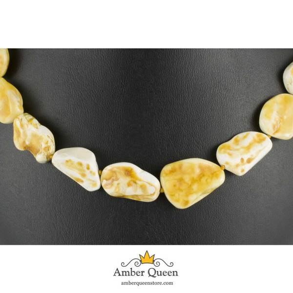 Raw Polished Amber Necklace Close