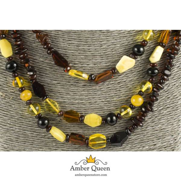 Long Beads Natural Amber Necklace Close