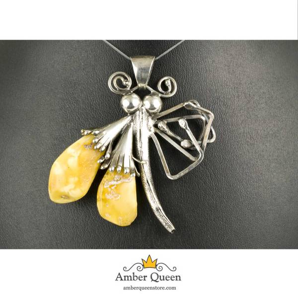 Vintage Silver Pendant with Amber on Stand Close