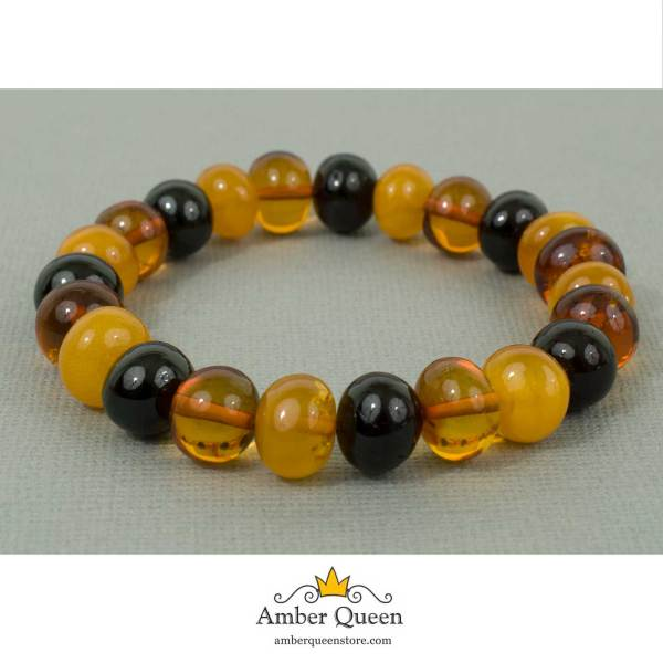 Honey Color Accent Baroque Beads Bracelet on Grey Background