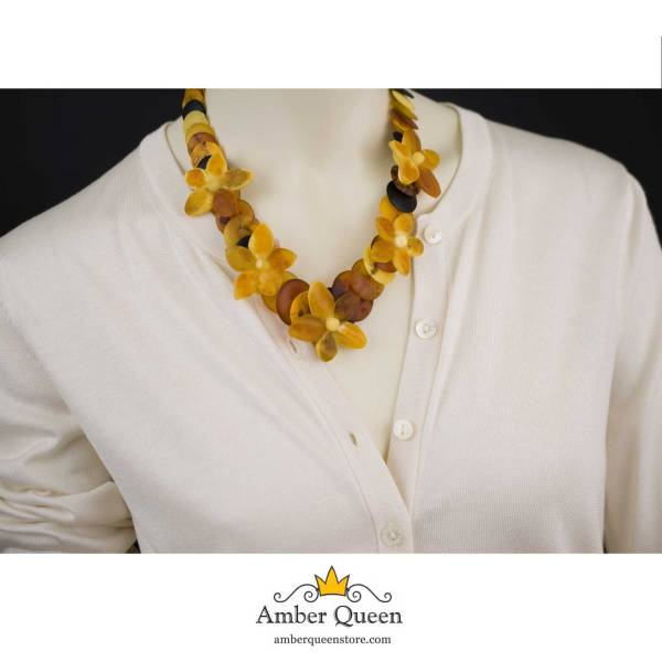 Unpolished Disc Amber Necklace with Flowers on Mannequin