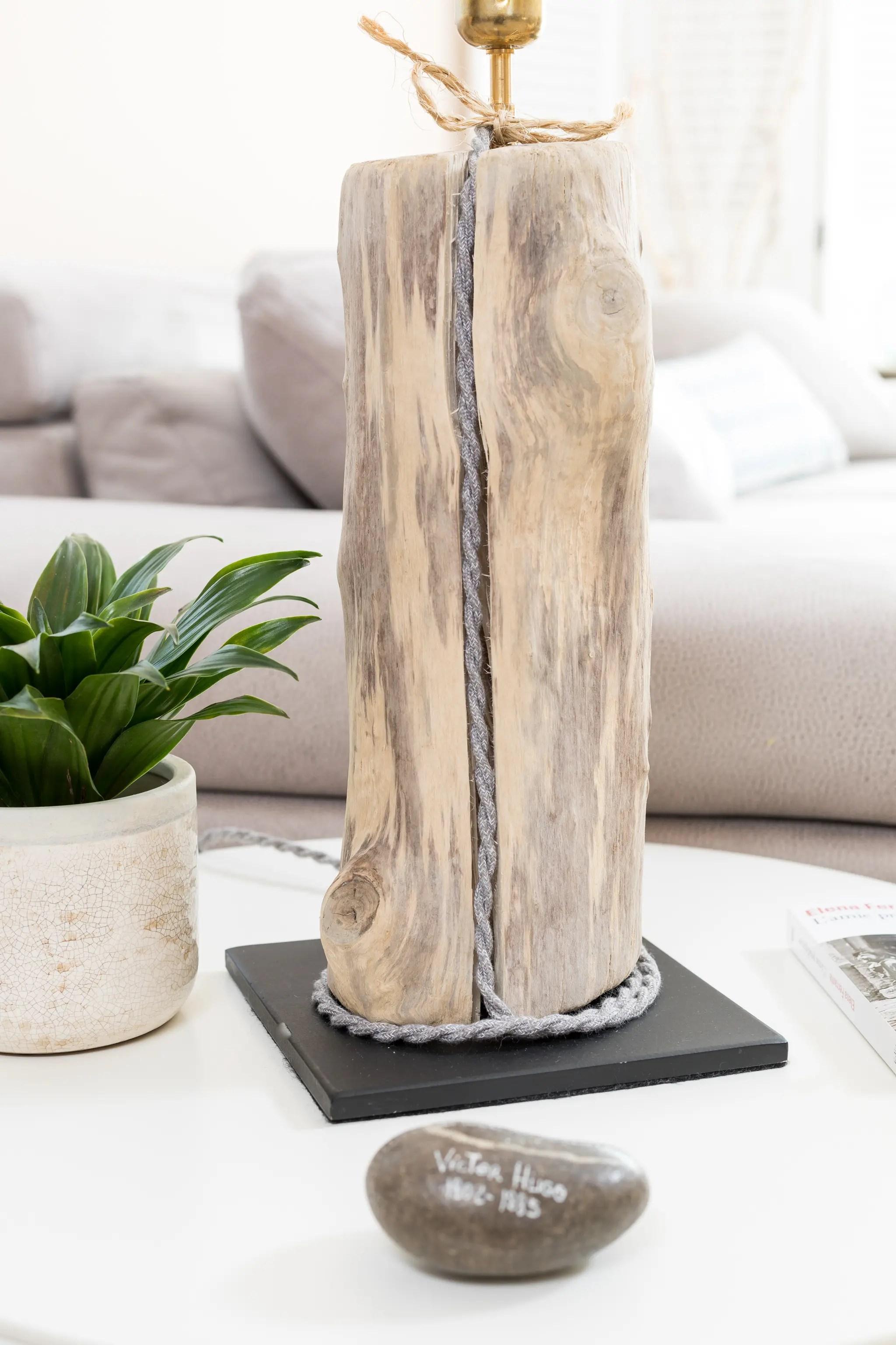Lampe en bois flott et ampoule globe vintage ambiance - Boutique bois flotte ...