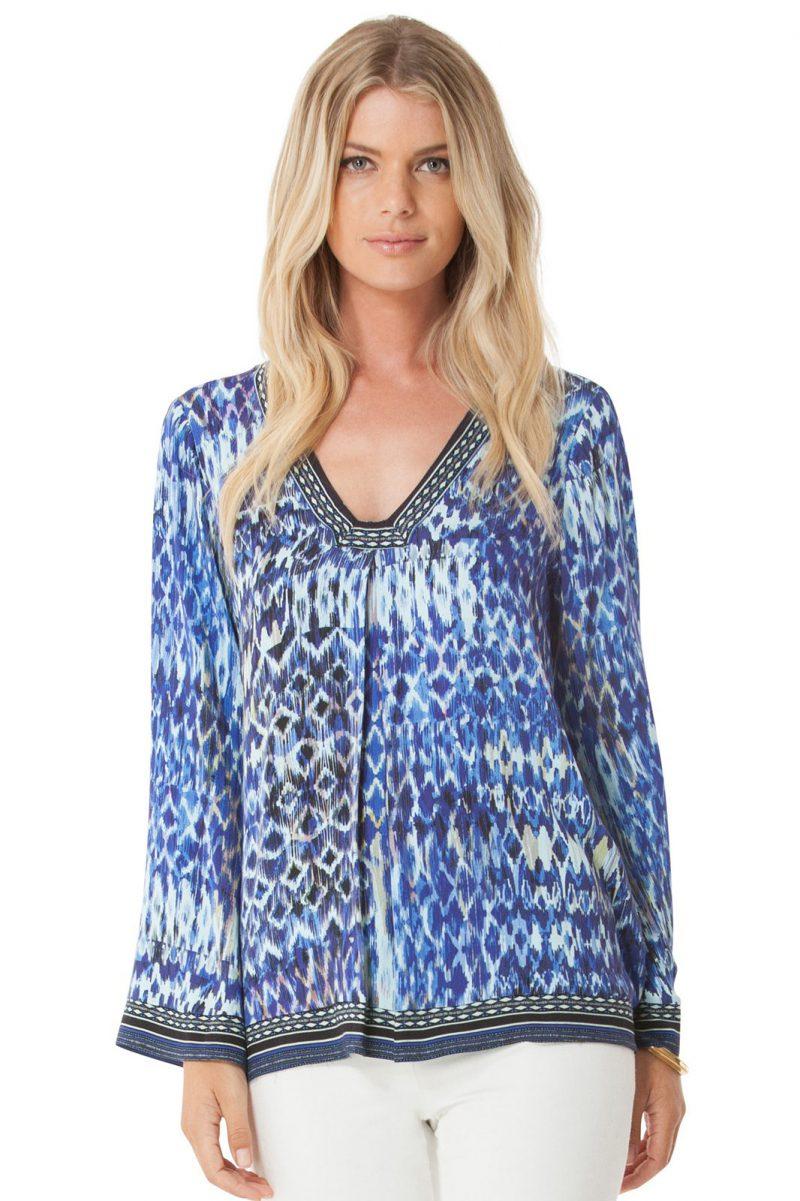 Blåmønstret silkebluse med trompeterm - 75ah2225 blue