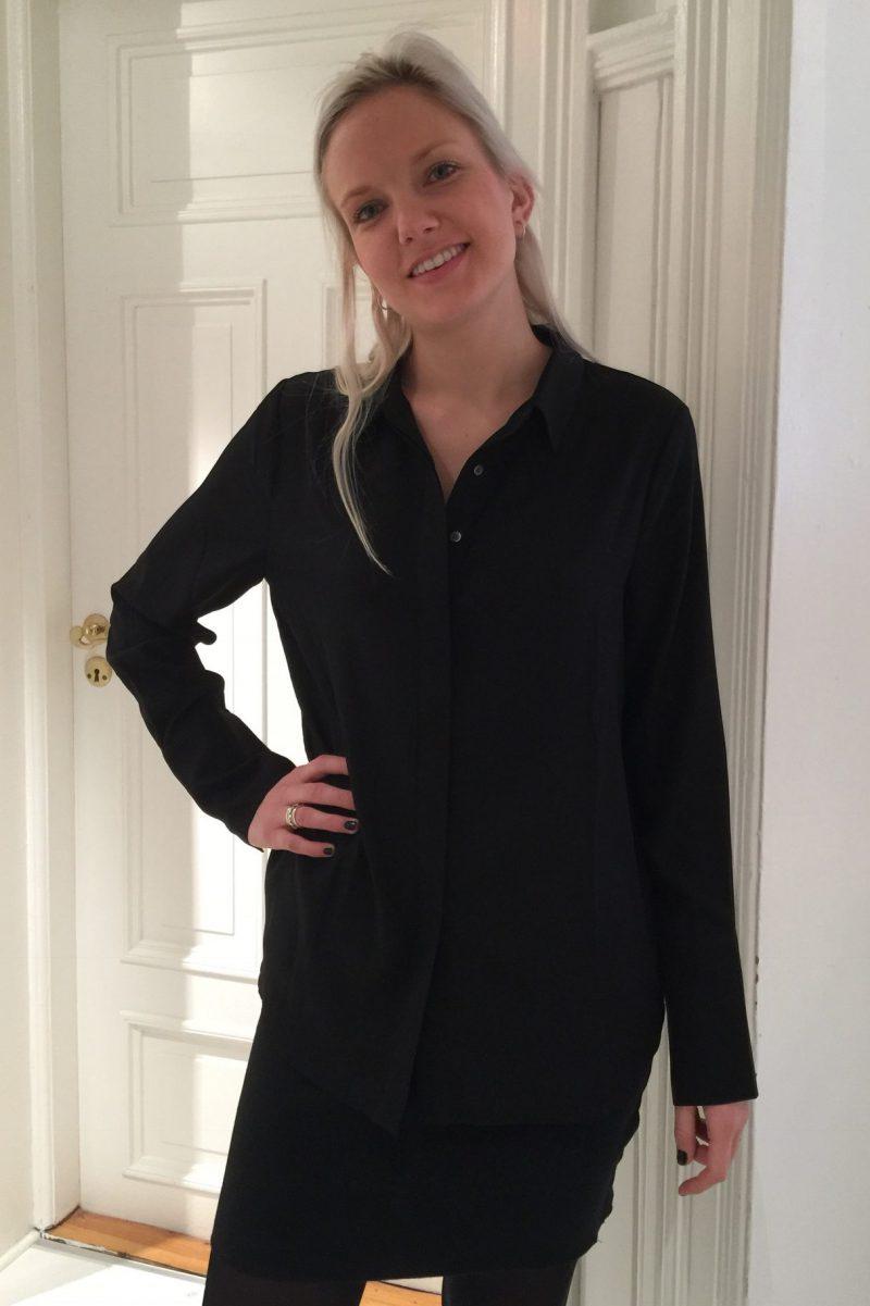 Sort rålekker silkeskjorte Dea Kudibal - Chelsea black