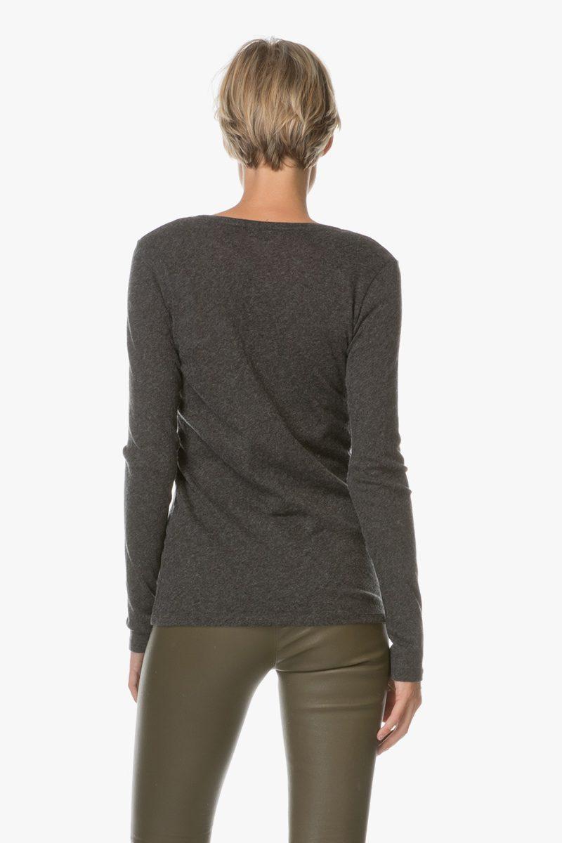 Sort cashmere/bomull long sleeve topp med v-hals Majestic Paris - H17E0508
