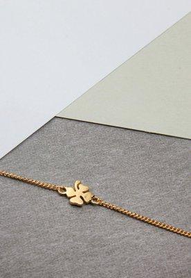 'Clover' armbånd med kløveranheng Enamel Copenhagen