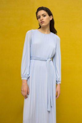 Dus rosa lang plissékjole med poseermer Cathrine Hammel - 458.118 long miami dress Vist i en annen farge enn bestilt.