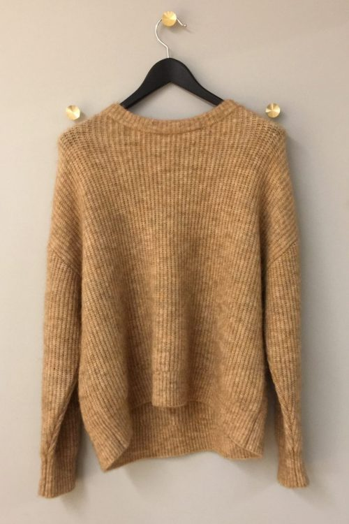 Offwhite eller camel ribbet kidmohairmix storgenser One & Another - monacco mohair