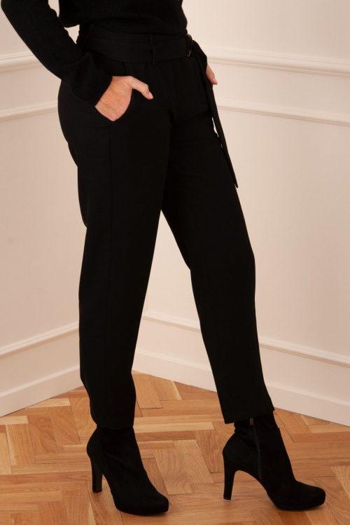Sort, ivory eller grågrønn creppe bukse med tungt fall og belte Cambio - kaia 27
