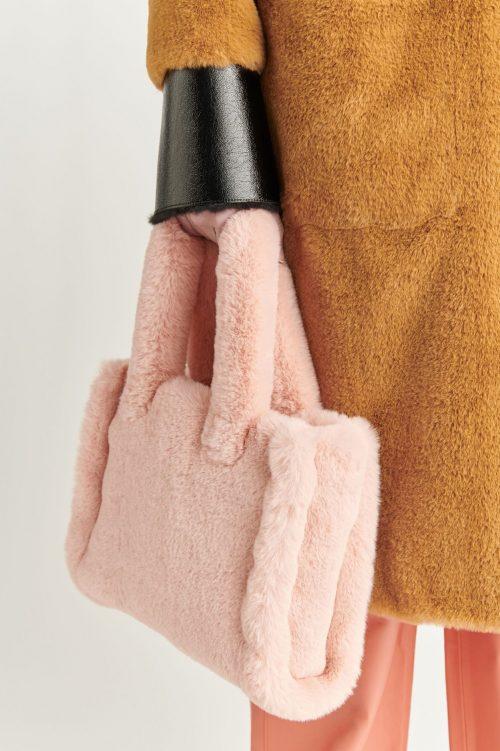 Seashell pink, sort, camel eller cayenne red 'Liz Bag' Stand Studio - liz bag