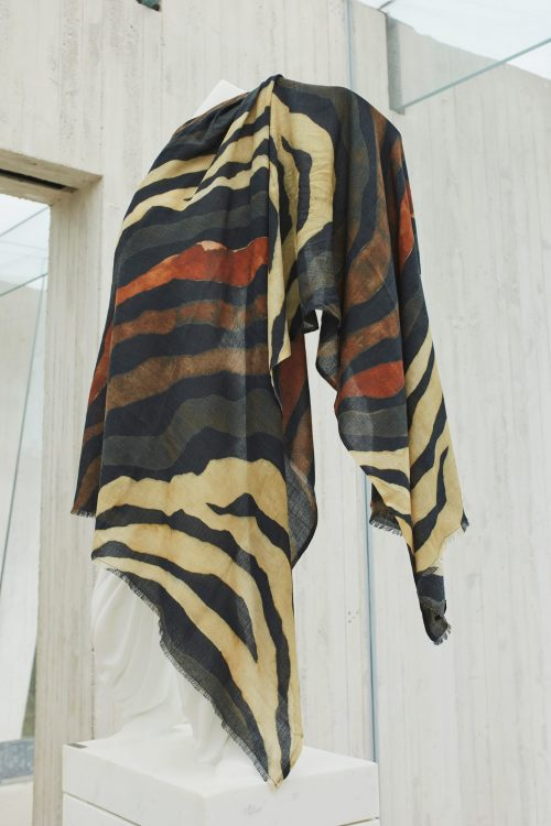 Sort m grønt stripet cashmere-ull-bomull skjerf Katrin Uri - 926 sahara night scarf