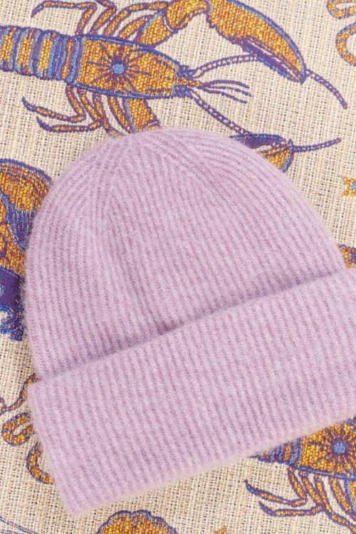 Sort, brun, gråmelert, lys gråmelert, lilla, grønnmelert, dark blue melert eller rød alpakkamiks lue Samsøe - 7335 nor hat