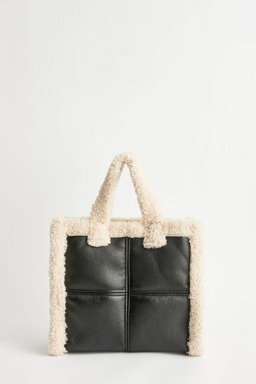 Stand Lolita shearling bag black/offwhite