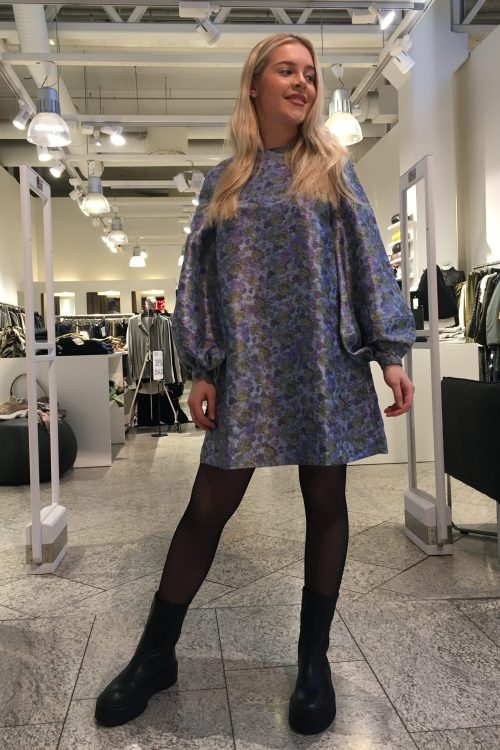 Blomstret a-skåret kjole med puffermer Samsøe - Aram short dress 12943